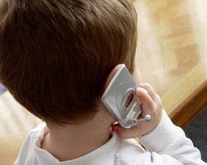 bambino-cellulare1