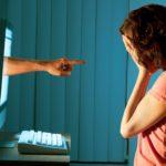 Telefono Azzurro: adolescenti ostaggio dell'abuso del web – ragazzi fra i 12-18 anni sempre connessi – l'11% subisce attacchi in Rete il 32% sono un facile bersaglio