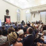 Public Mind: costruzione dell'opinione pubblica nell'era dell'algoritmo