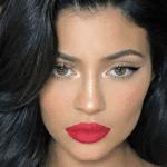 Beauty_Gan: l'IA consiglia il make up per rendere i volti più belli